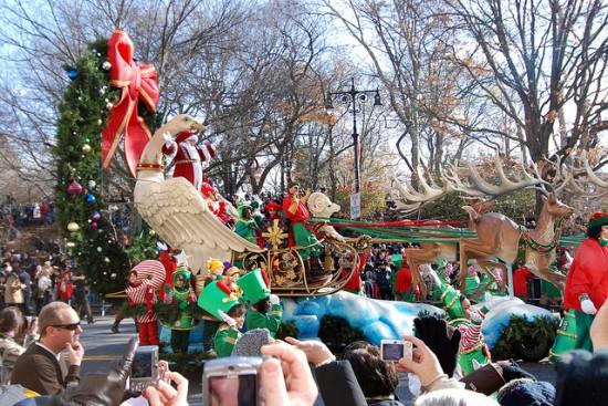 Macys-Thanksgiving-Day-Parade1-e1324751713955