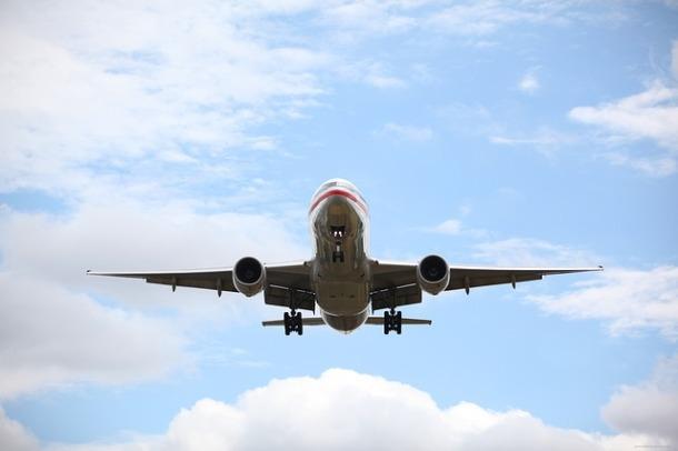 airplane-19469_640