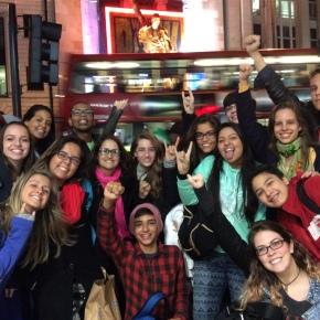 Cada vez mais brasileiros estão estudando no exterior. Você vai ficar paratrás?
