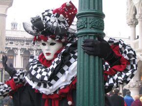 Caia na Folia! Veja as festas de Carnaval mais famosas domundo!